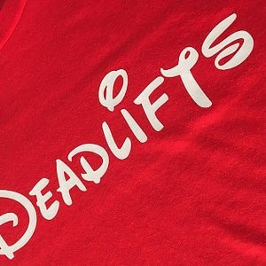 T-shirt Deadlifts Red